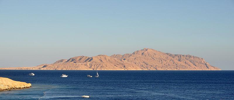 Остров Тиран.jpg