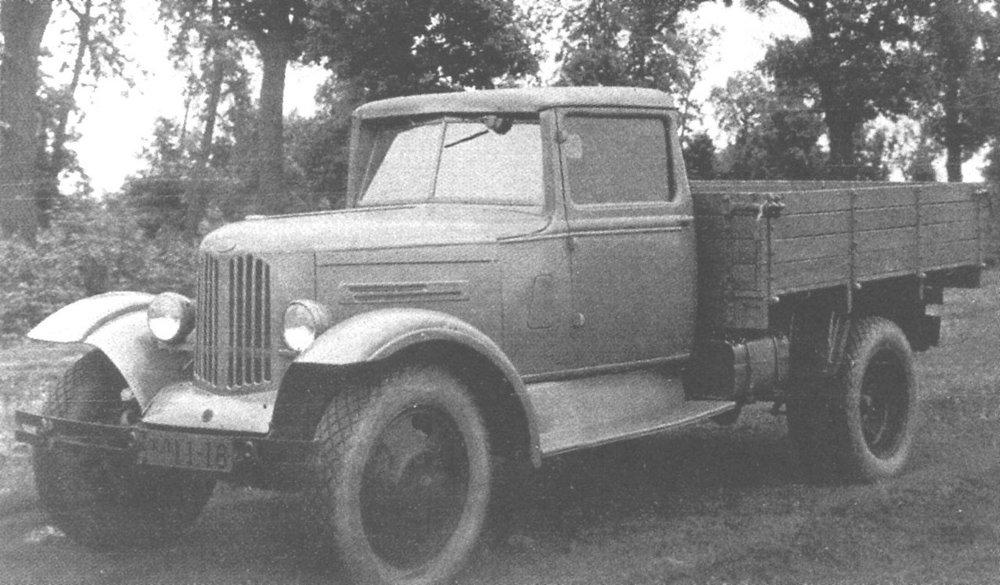 УАЗ-ГАЗ-ММ 1950-й.jpg